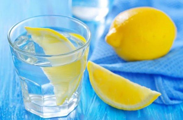 máj méregtelenítés petrezselyemmel és citrommal)