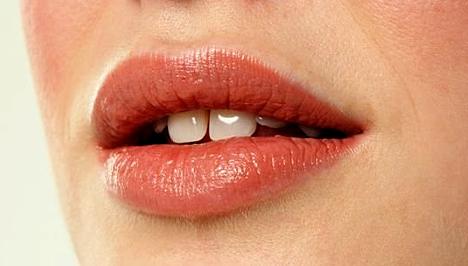 """""""A szájüregi rák veszélye abban rejlik, hogy kezdetben szinte semmilyen tünetet nem produkál"""""""