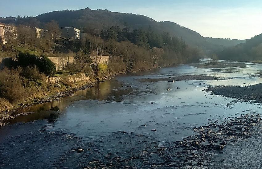 Környezetvédelmi baleset: bányavíz jutott a Lápos folyóba