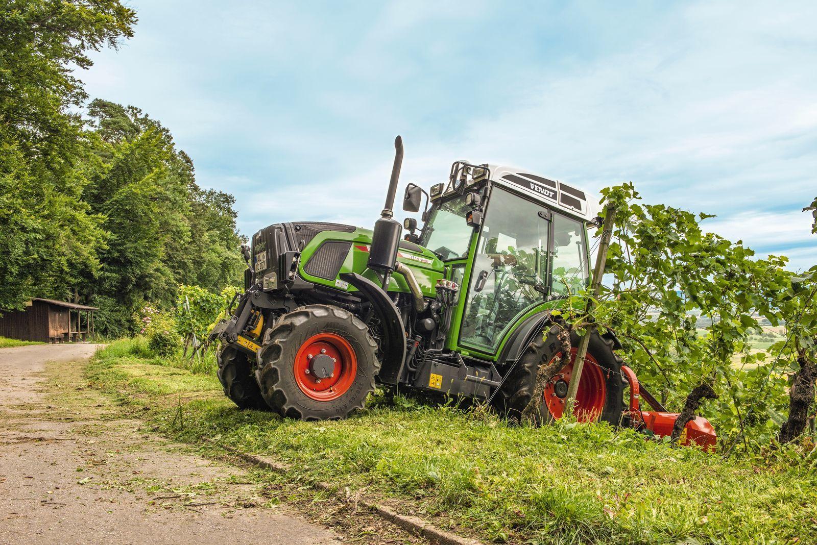 A mezőgazdaság gépesítése