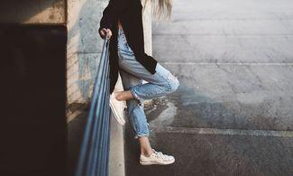 magányos cipő
